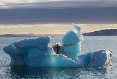 Arctic Photography Tour | Sailing Adventure in Svalbard