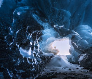 Complete Two Week Winter Photography Workshop in Iceland