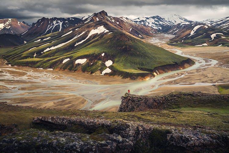 Wenn du die isländischen Highlands bereisen willst, solltest du auf jeden Fall deine Abenteuerlust einpacken.