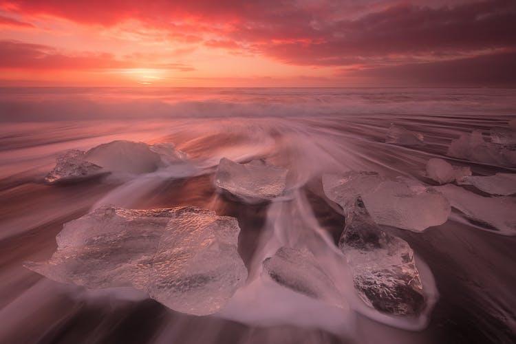 La Plage de Diamants est un endroit idéal pour photographier des icebergs.