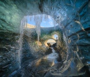 ทัวร์ 4 วันถ่ายภาพแสงเหนือ & ถ้ำน้ำแข็ง