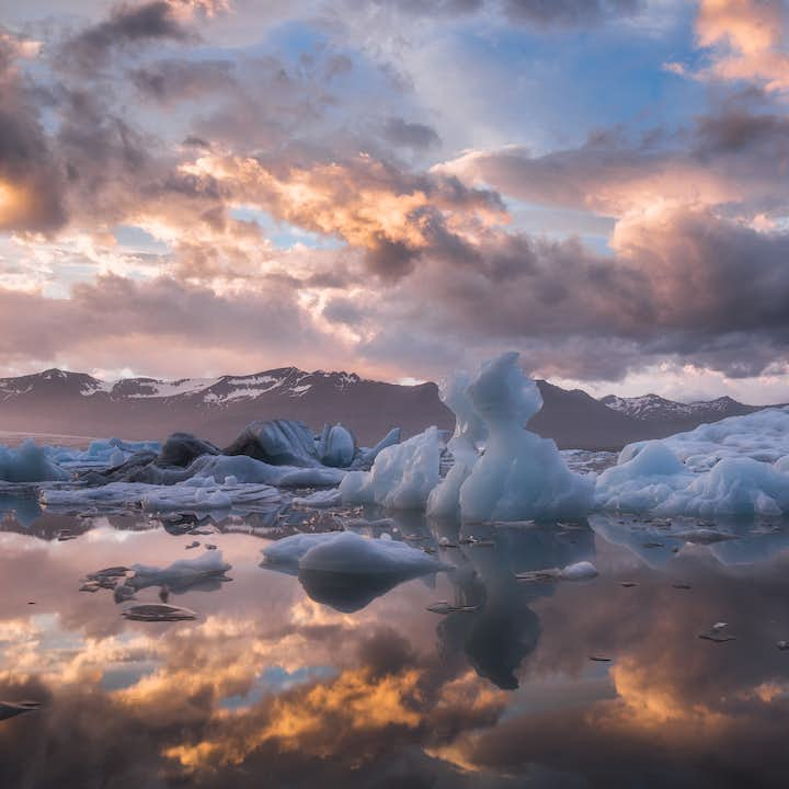 Capture the enormous icebergs at Jökulsárlón glacier lagoon on film with this private photo tour.
