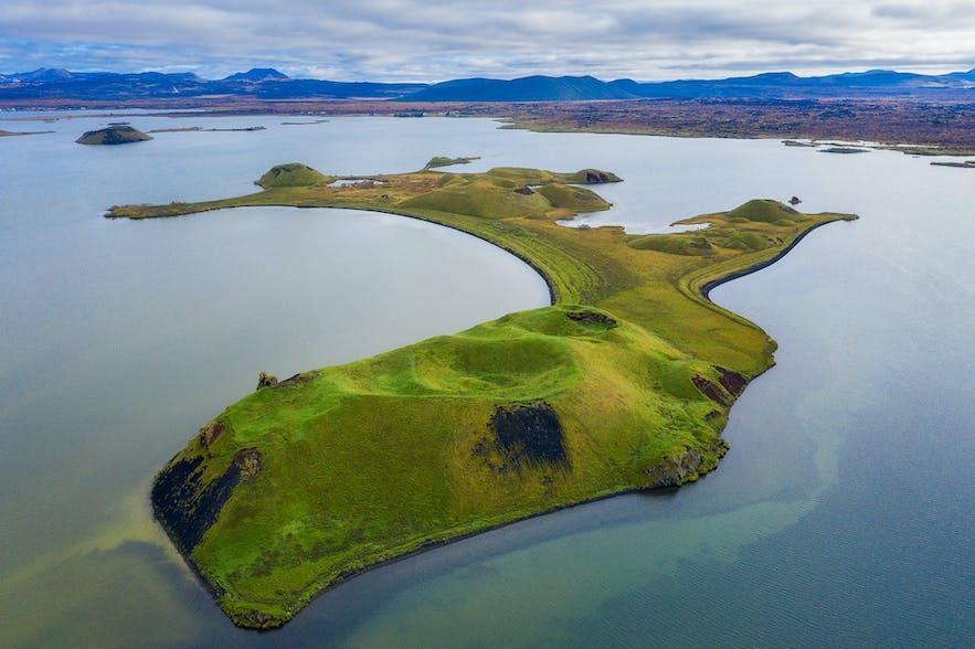 Island from above - Photo by Iurie Belegurschi