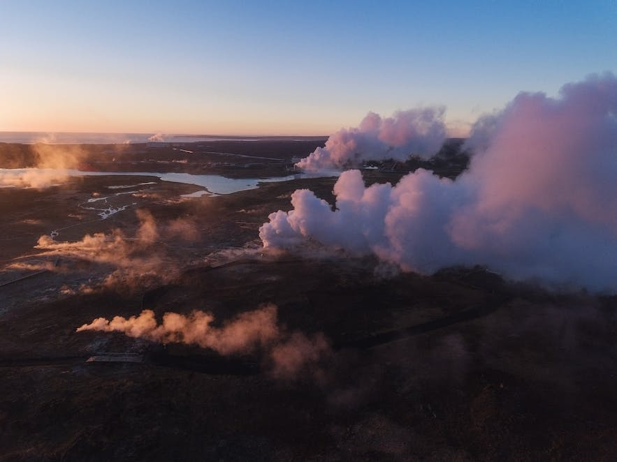 Geothermal areas in Iceland - Photo by Iurie Belegurschi