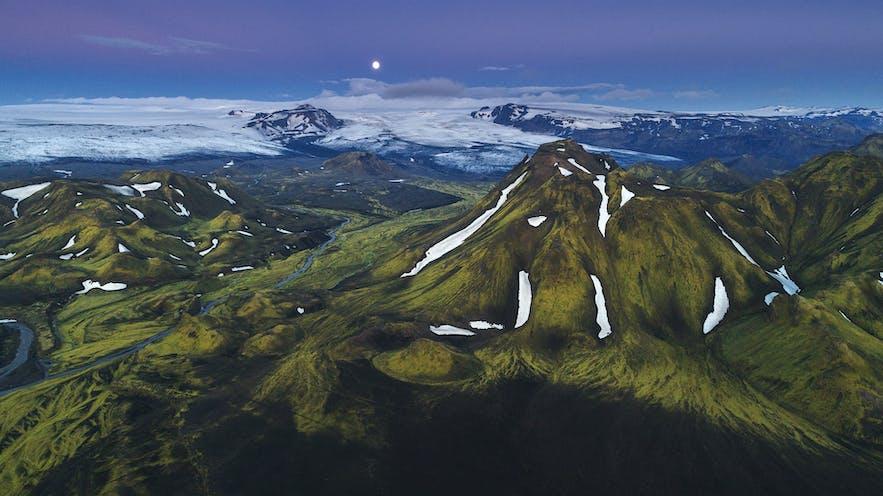 Highlands in Iceland - Photo by Iurie Belegurschi