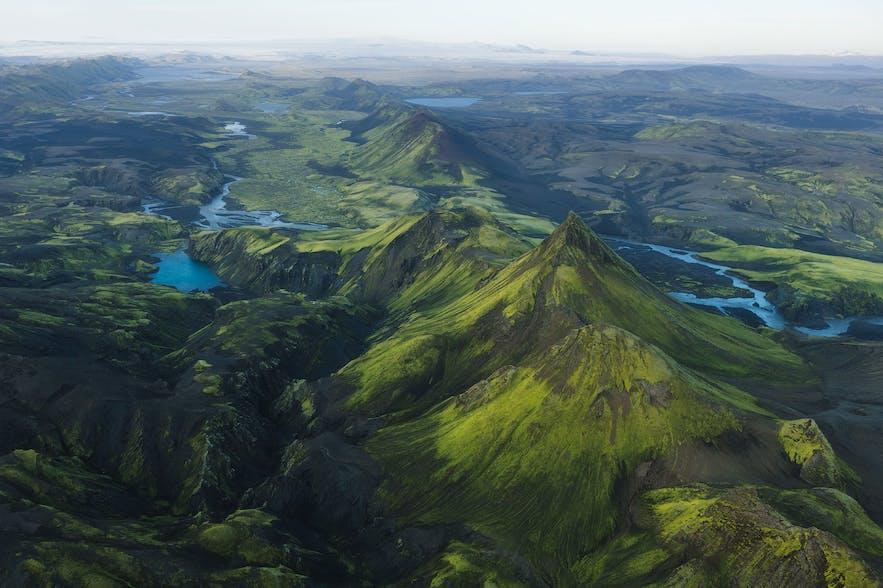 Lush green valleys in Iceland - Photo by Iurie Belegurschi