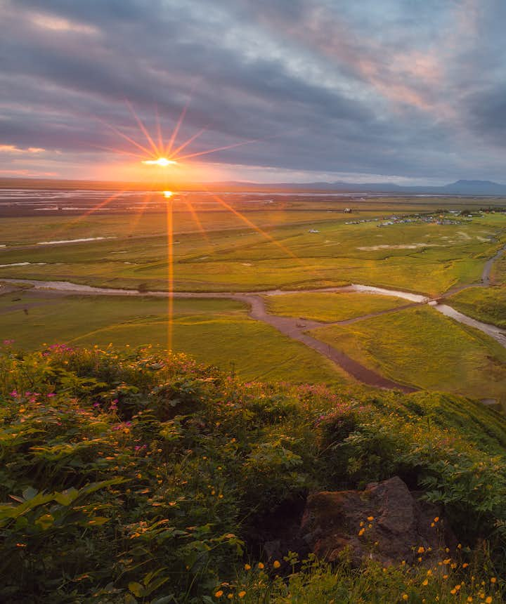 What to Wear for Summer Photo Tours in Iceland