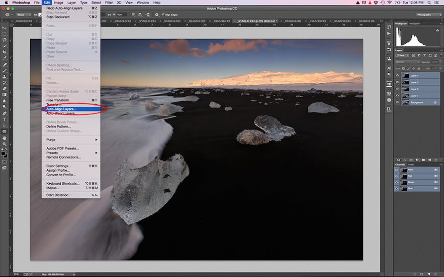 Auto align the layers in Photoshop - Photo by Patrick Marson Ong