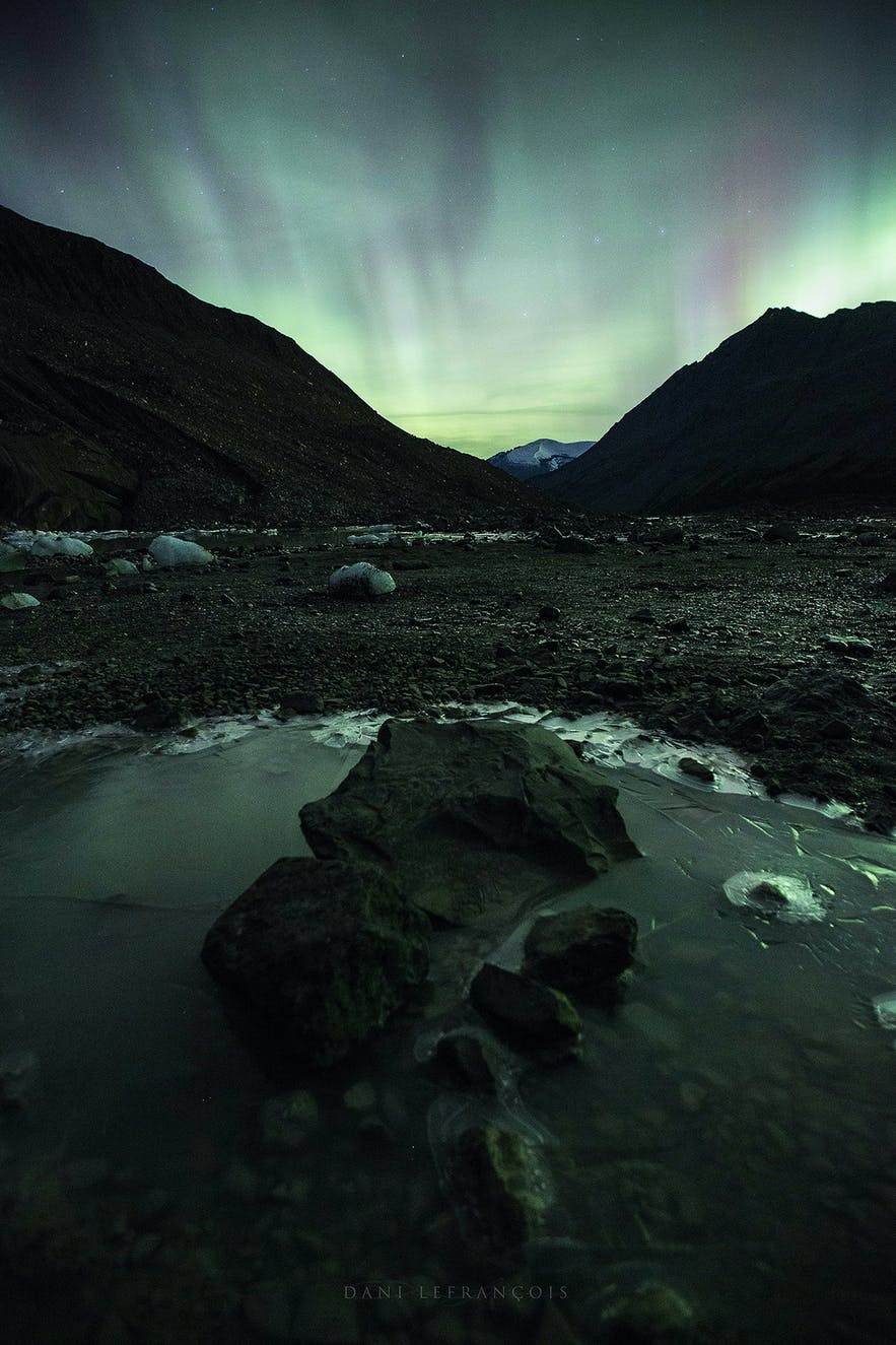 Use a fast lens to photograph the Northern Lights - Photo by Dani Lefrancois