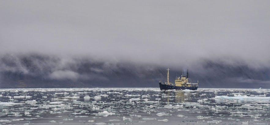 The Explorer Ship - Photo by Marc Pelissier