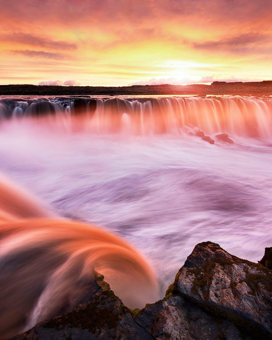 Selfoss Waterfall. Photo by: 'Mads Peter Iversen'.