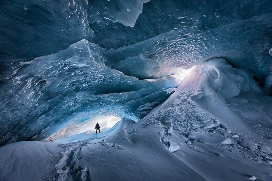 Ice Cave. Photo by: 'Siggi'.