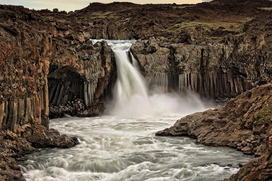 Aldeyjarfoss. Photo by: 'Jon Hilmarsson'.