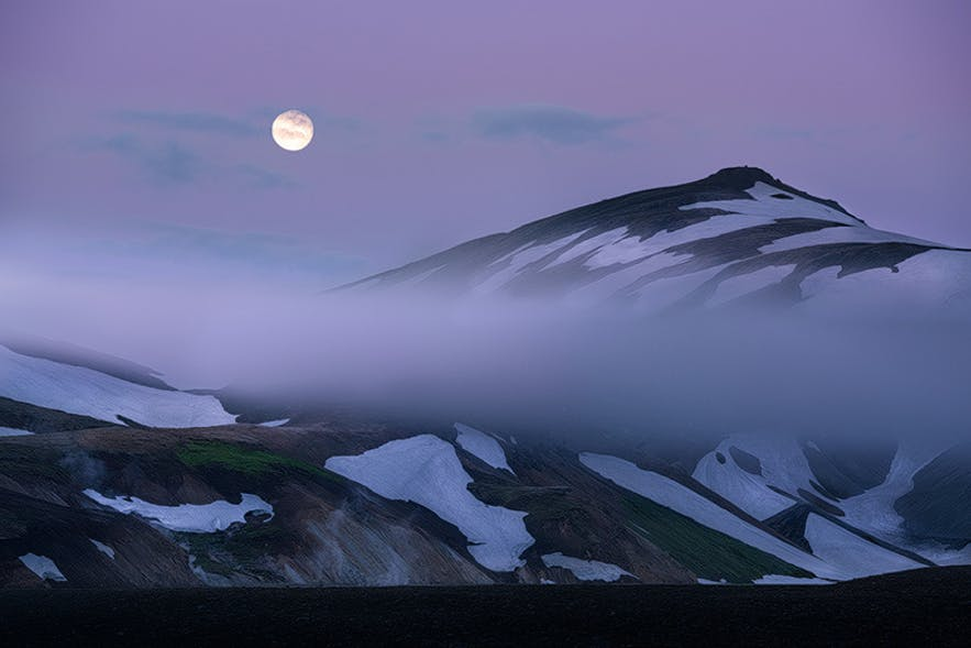 Moonlight in the Icelandic Highlands. Photo by: 'Perri Schelat'.
