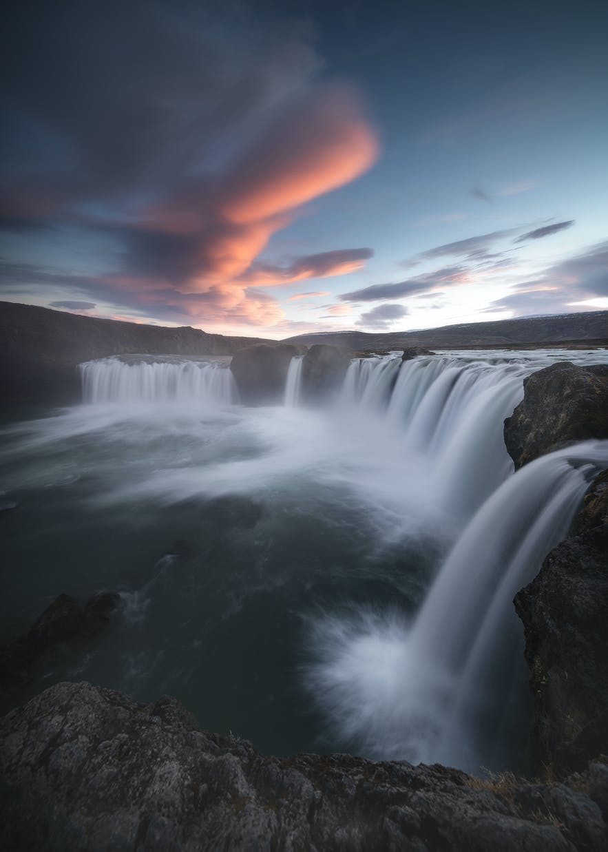 Lenticular cloud over Godafoss. Photo by: 'Kaspars Dzenis'.