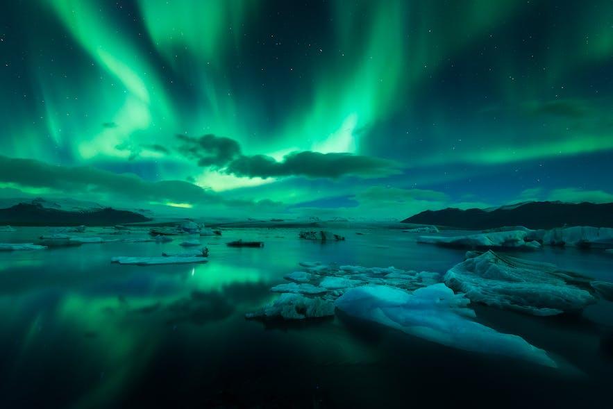 Nordlichter über Jokulsarlon