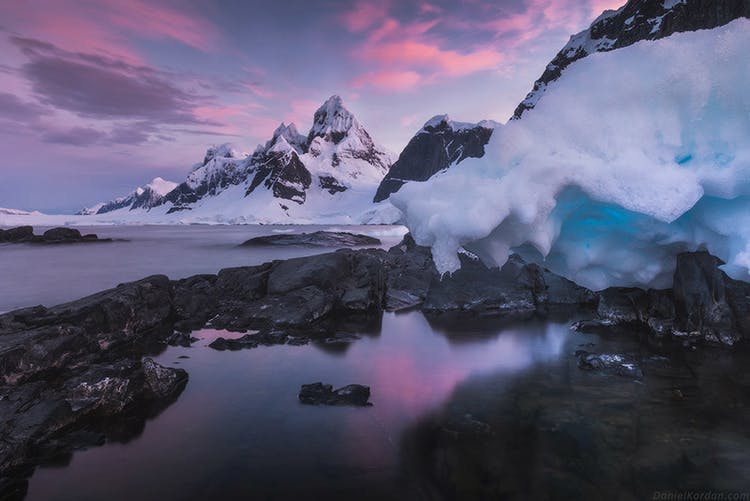 Antarctica Photography Expedition 2021 with Daniel Kordan