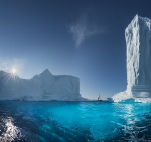 West Greenland Photo Workshop in Disko Bay | Sailing on Schooner