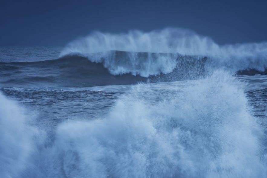 Waves - Image By Albert Dros