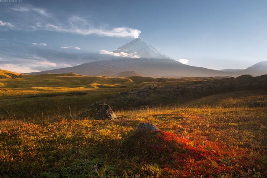 https://iceland-photo-tours.com/trips-and-experiences/international-workshops/kamchatka-photo-tour-in-the-land-of-the-giants