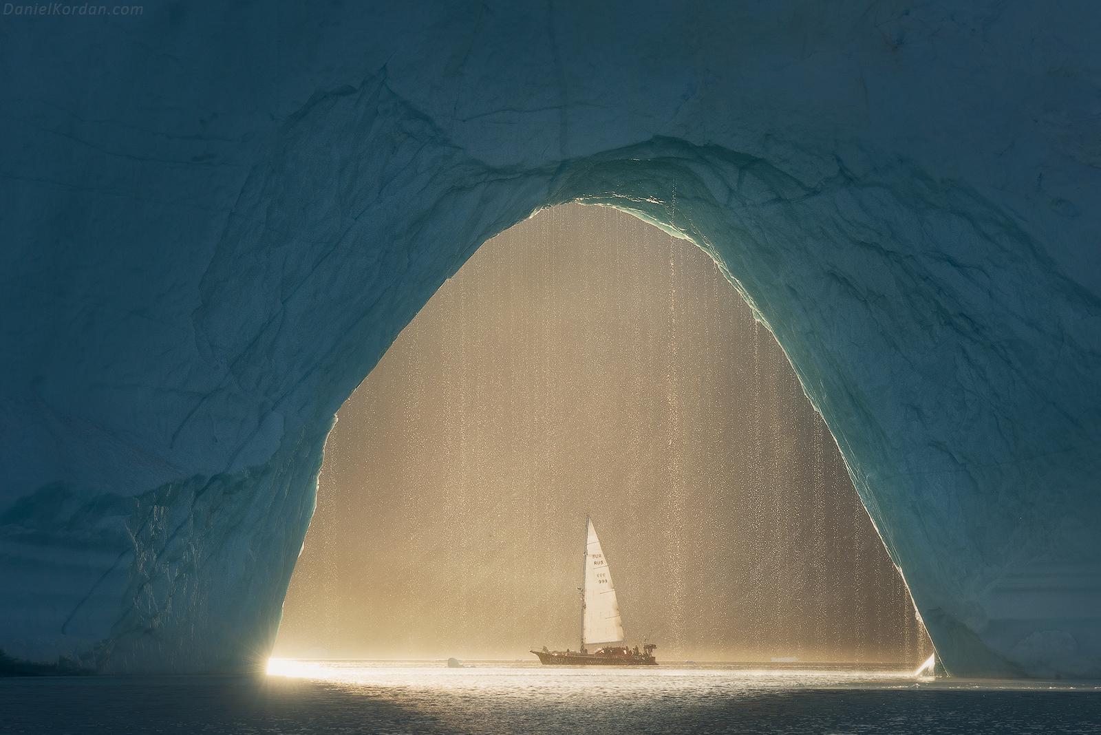 West Greenland Photo Workshop in Disko Bay | Sailing on Schooner - day 1