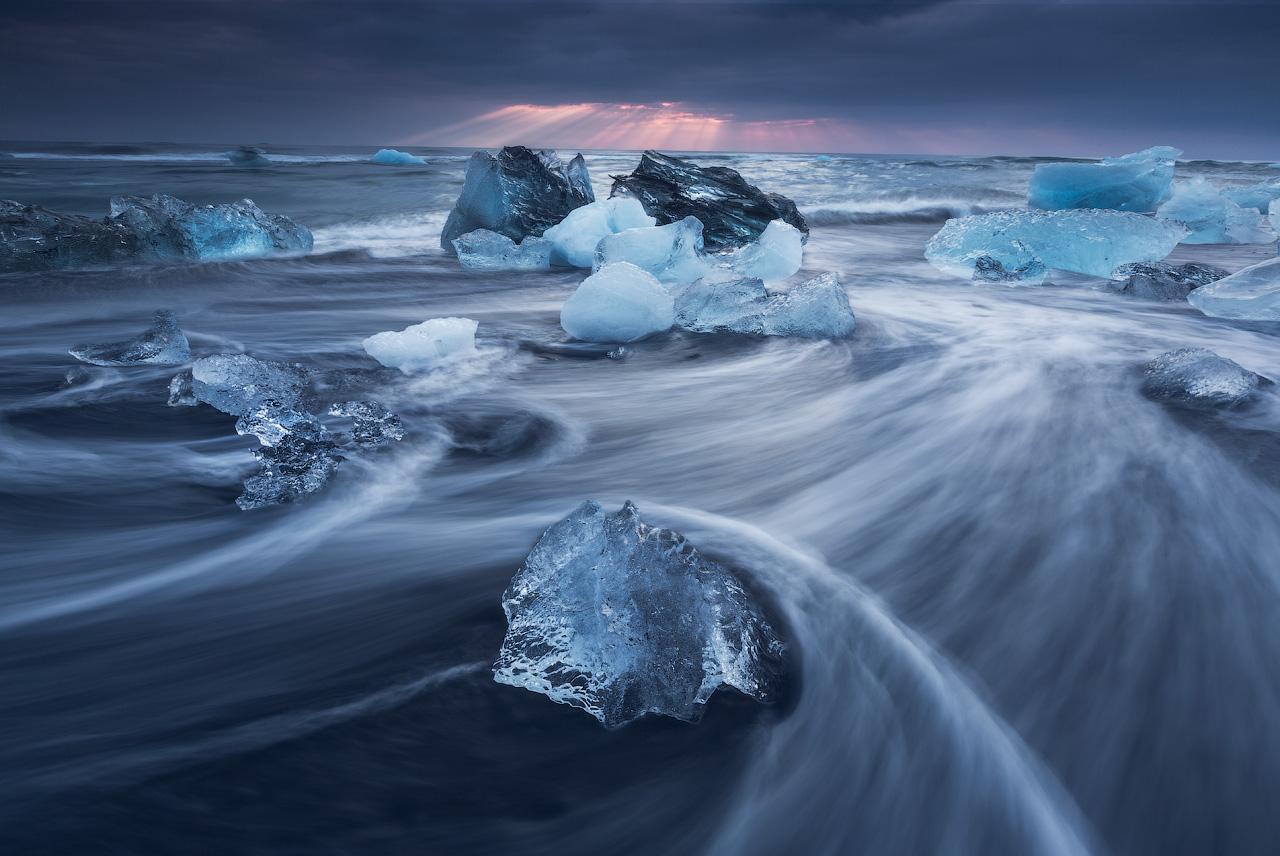 Hundreds of icebergs litter Jökulsárlón glacier lagoon.