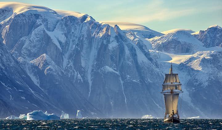 Greenland Photo Tour in Scoresby Sound | Sailing on Schooner