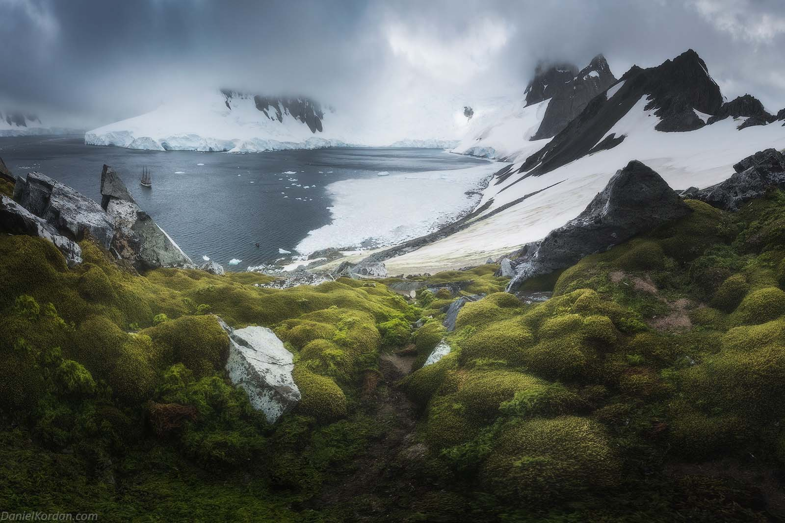 22 Day Antarctica Photography Expedition on Bark Europa - day 8