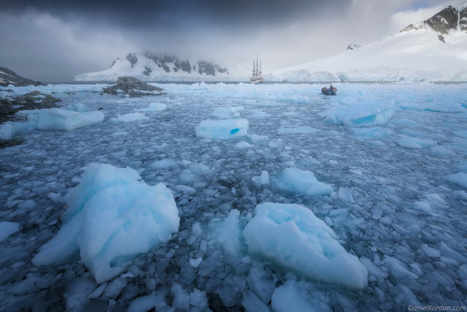 22 Day Antarctica Photography Expedition on Bark Europa - day 11