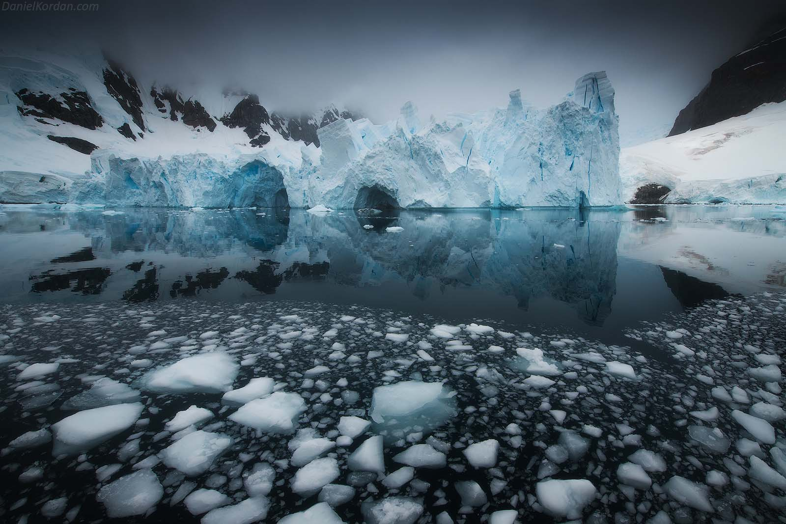 22 Day Antarctica Photography Expedition on Bark Europa - day 17