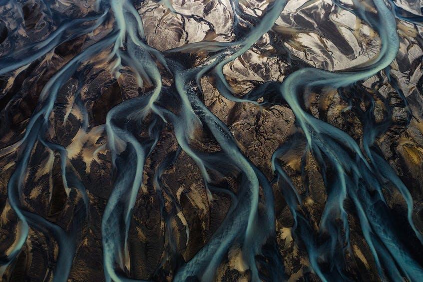 Iurie-GlacialRivers-17.jpg