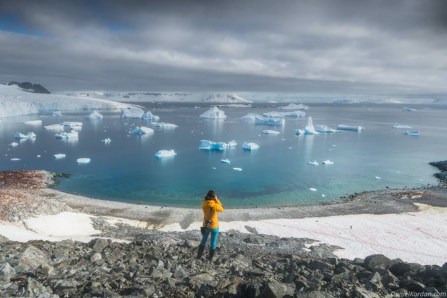 A photographer makes the most of their camera in Antarctica.