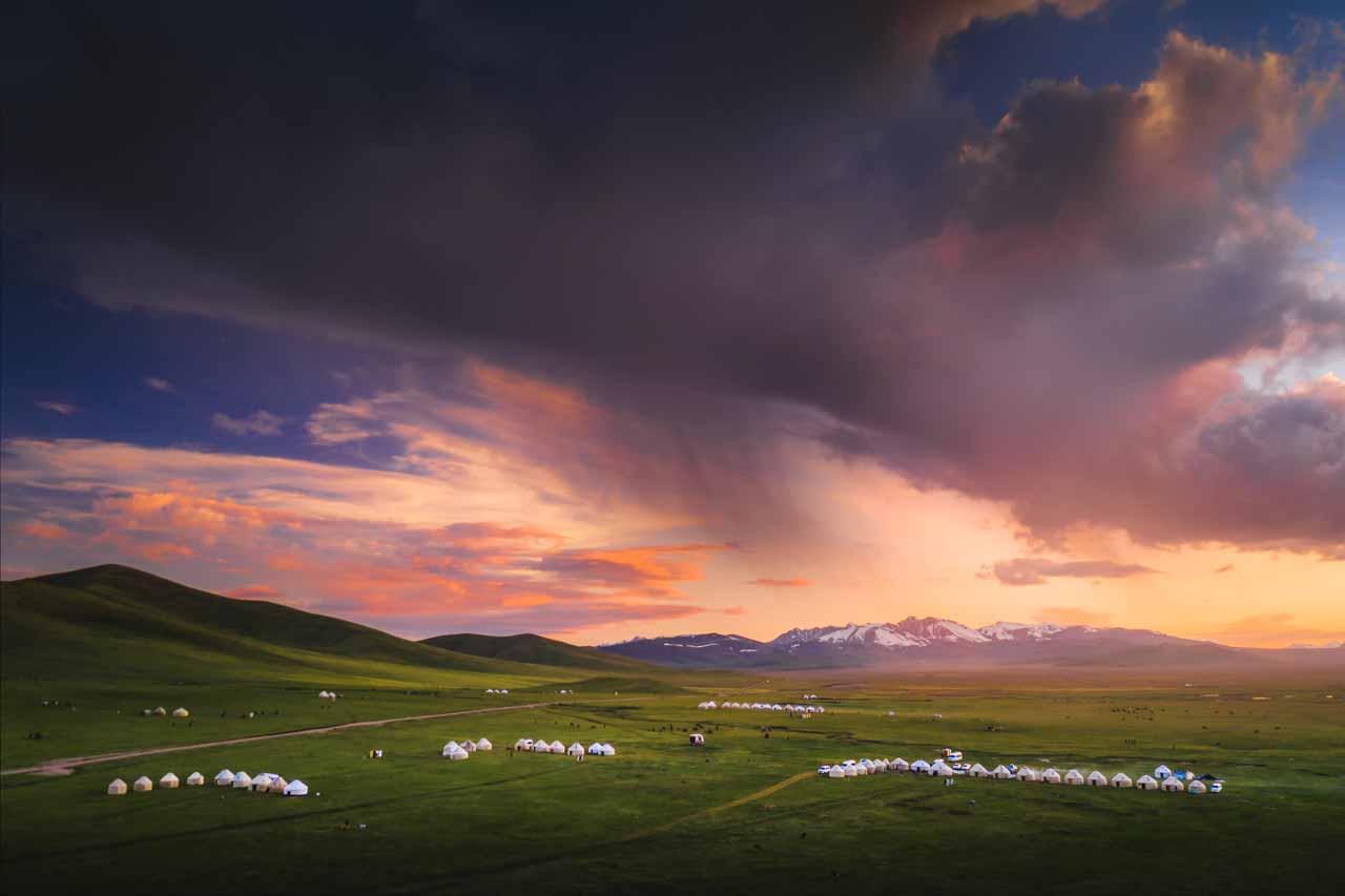12 Day Kyrgyzstan Photo Tour | Mountains, Lakes & Canyons - day 9