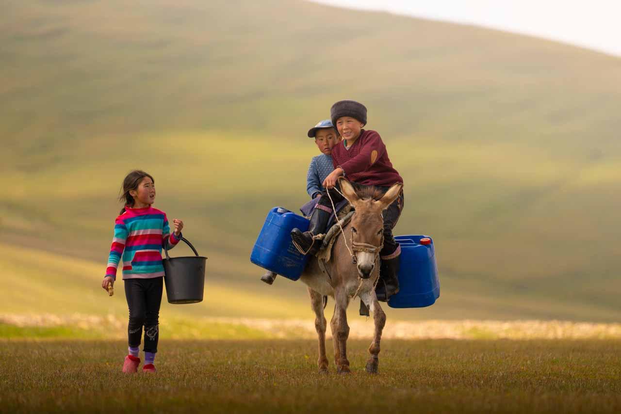 12 Day Kyrgyzstan Photo Tour | Mountains, Lakes & Canyons - day 10