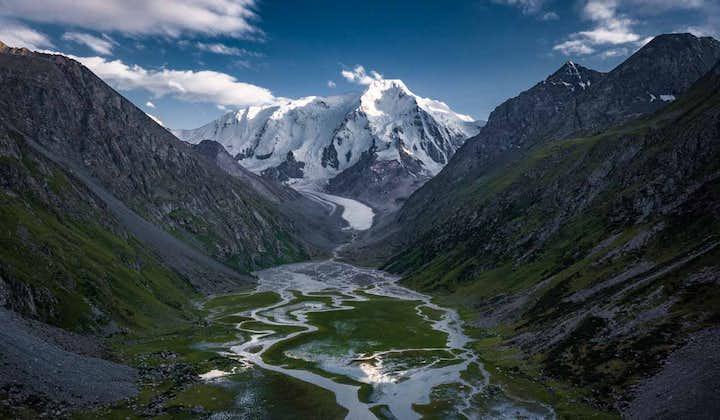 12 Day Kyrgyzstan Photo Tour | Mountains, Lakes & Canyons