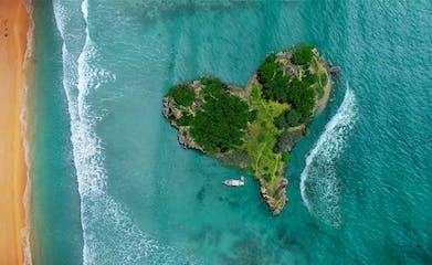island-3542290_1920-pixabay.jpg