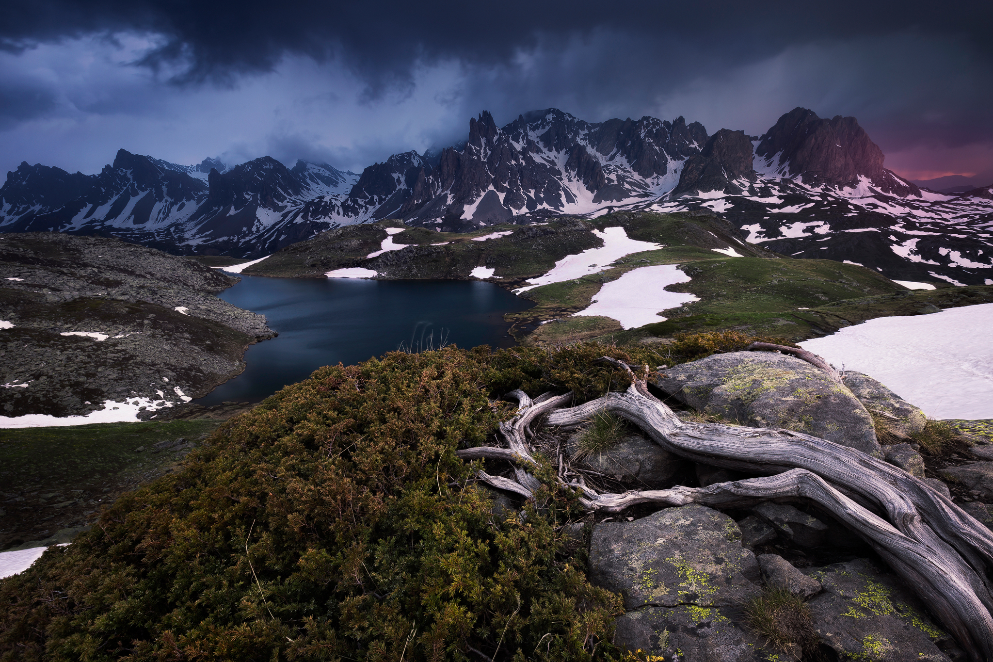 How to Use Foreground to Add Depth in Landscape Photography
