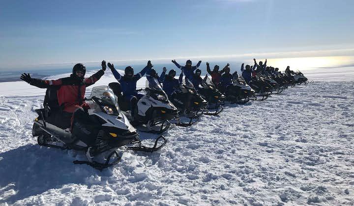 Tour in motoslitta sul ghiacciaio Vatnajokull