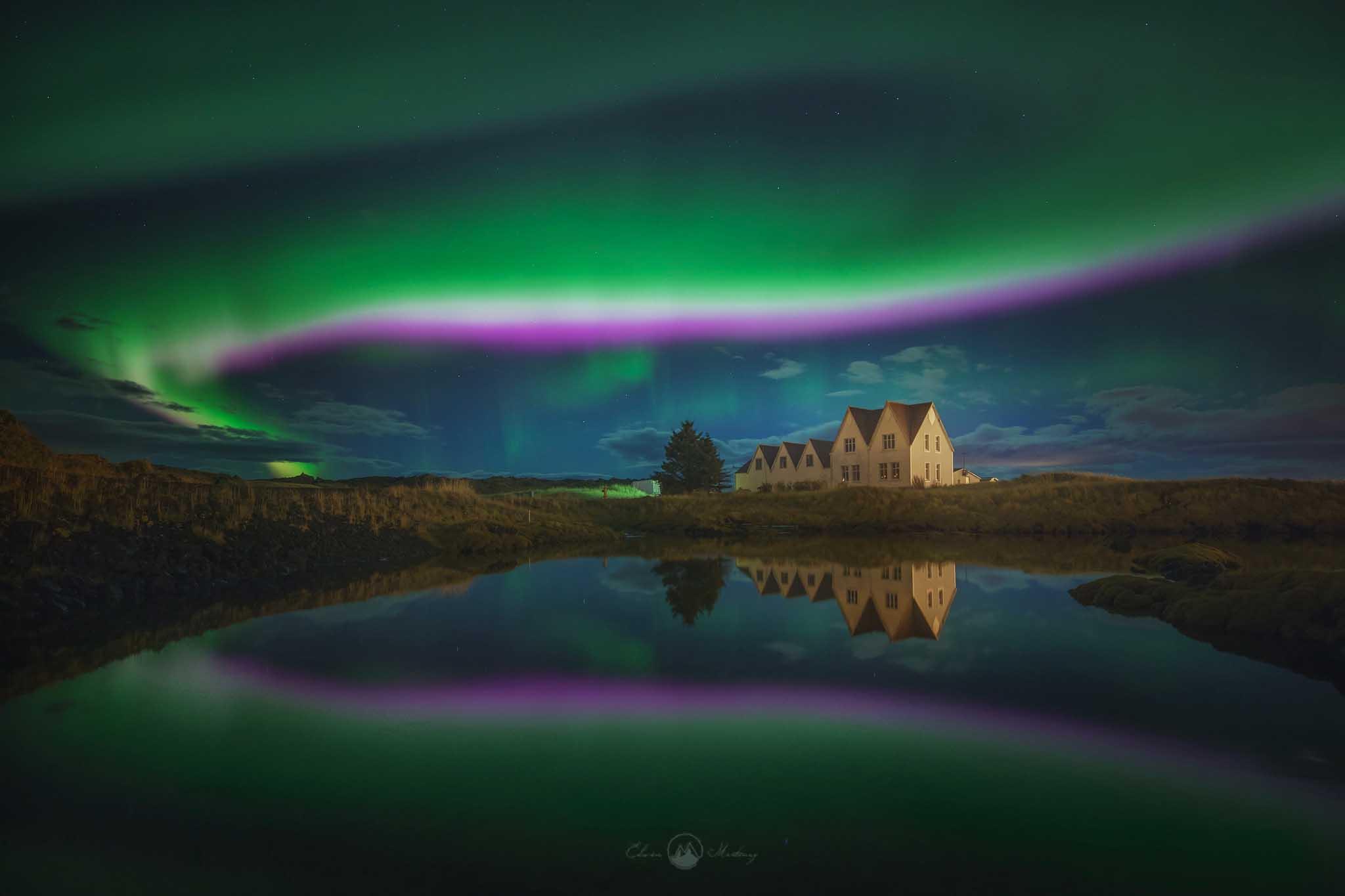 I tour dell'Aurora Boreale si svolgono a terra e in mare ed entrambe le opzioni offrono grandi possibilità di avvistare queste incredibili luci.
