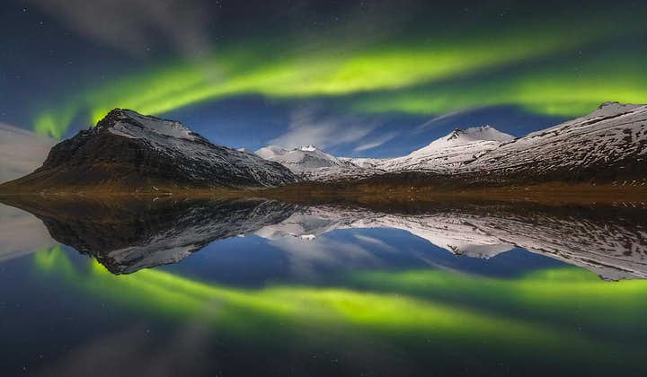 6 Day Northern Lights Hunting Trip   From Reykjavik to the Ice Cave